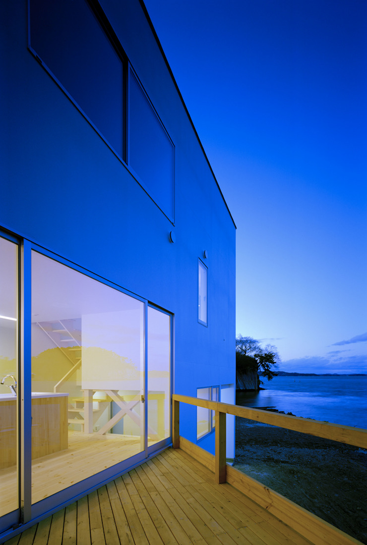 Modern home by 関建築設計室 / SEKI ARCHITECTURE & DESIGN ROOM Modern
