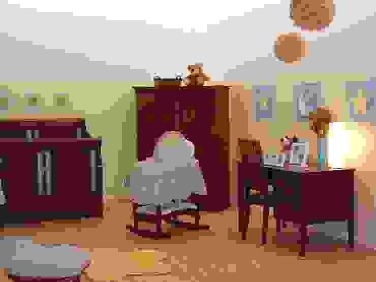 Dormitorios de estilo moderno de Paola Hernandez Studio Comfort Design Moderno