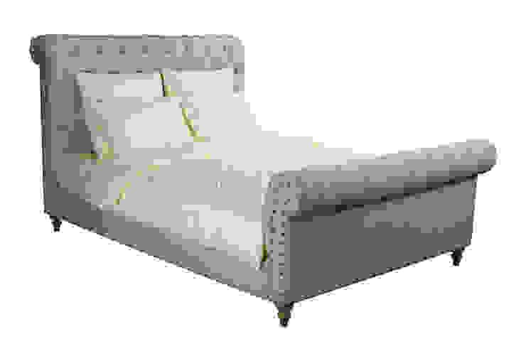 Кровать Chester House Bed B001 от LeHome Interiors Классический Дерево Эффект древесины