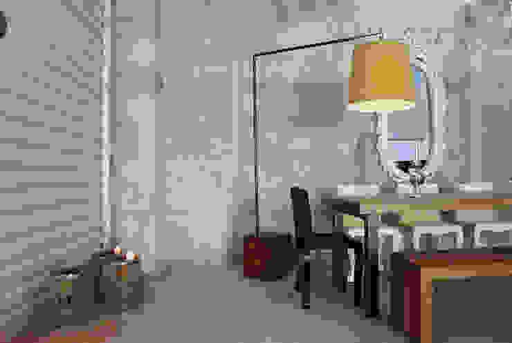 Lampara solid:  de estilo industrial por Design + Concept, Industrial