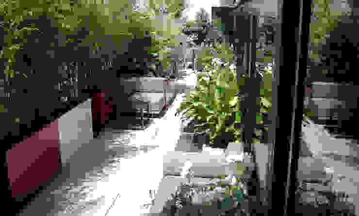 Bacs Image'In : Aménagement balcon - terrasse sur mesure Balcon, Veranda & Terrasse modernes par ATELIER SO GREEN Moderne