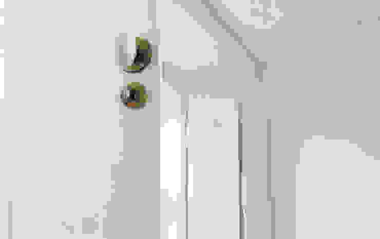 Apartamento Príncipe Real Janelas e portas ecléticas por blaanc Eclético