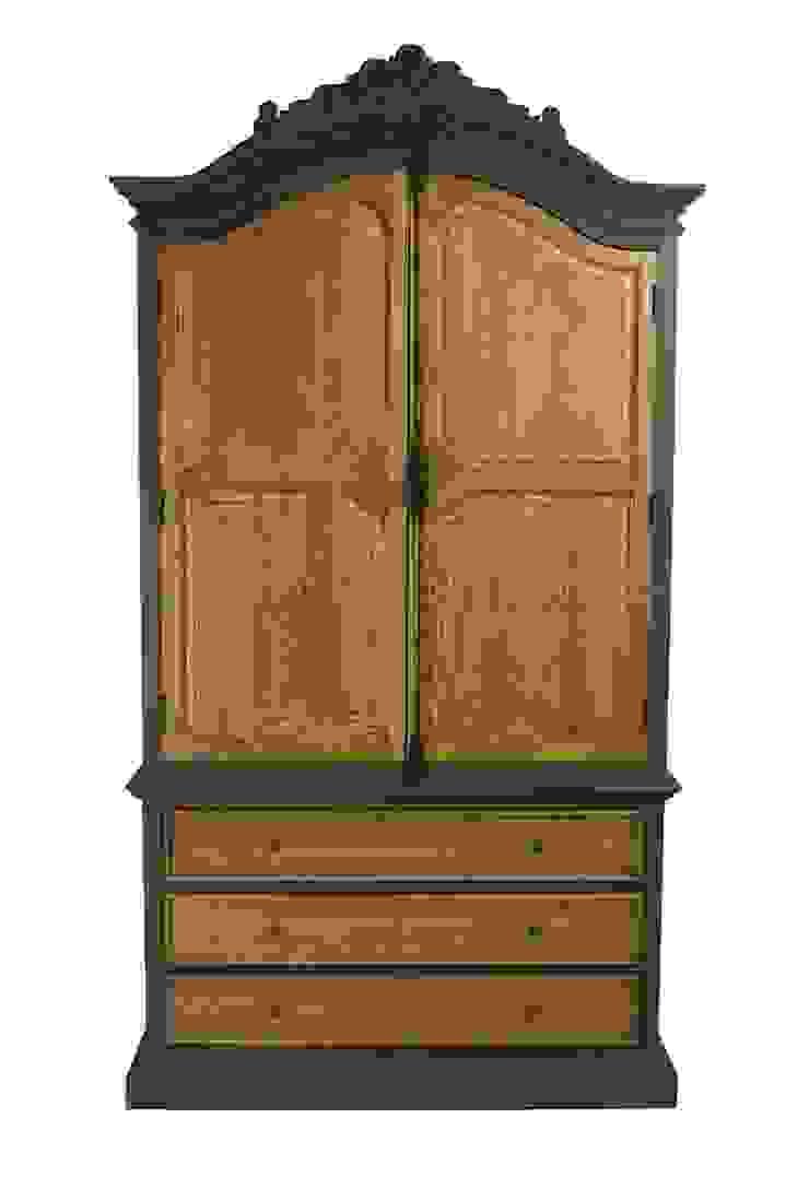 Шкаф Chambre Antique Armoire L019 от LeHome Interiors Классический Дерево Эффект древесины