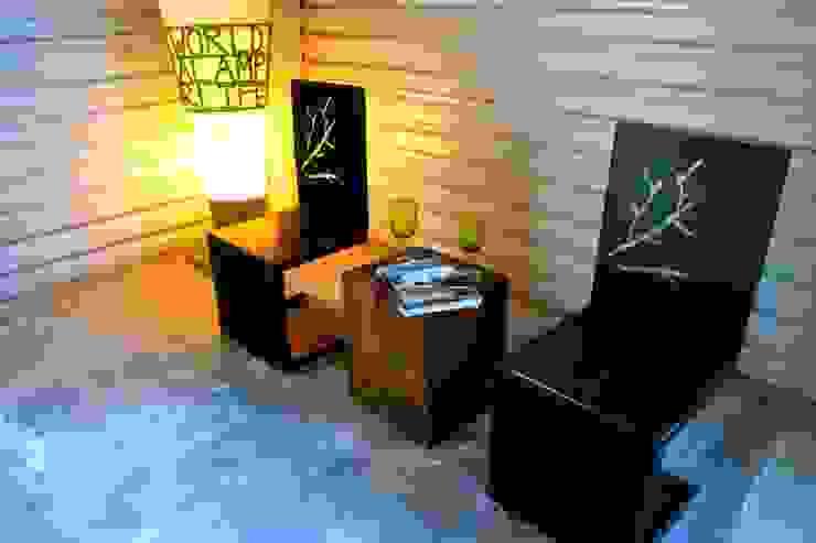 Tree chair Salones modernos de Design + Concept Moderno