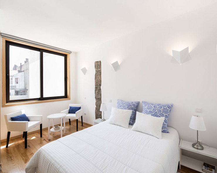 1930 City Lodge Hotéis modernos por Ren Pepe Arquitetos Moderno
