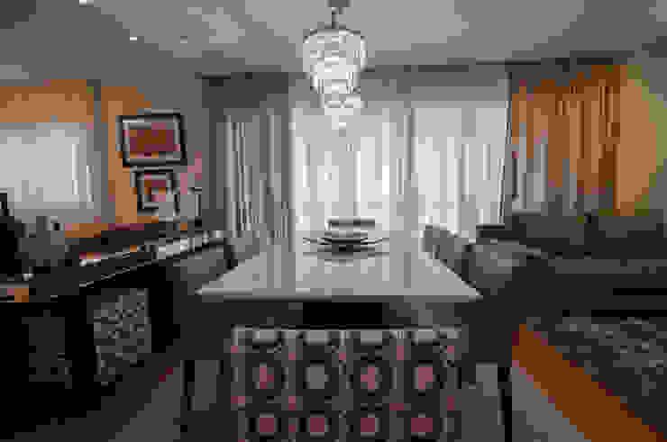 Apartamento Nova Petrópolis - São Bernardo do Campo Salas de jantar modernas por Haus Brasil Arquitetura e Interiores Moderno