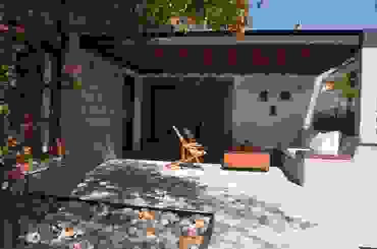 Terraços  por Villanueva Fernandez Arquitectos