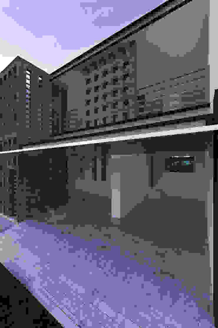 PROPUESTA NUEVA DE FACHADA de RGB - Arquitectura