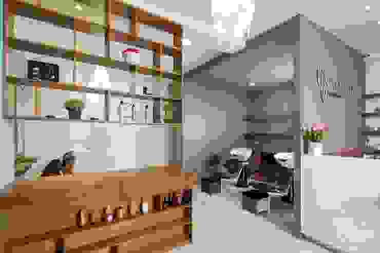 根據 LGZ Taller de arquitectura 現代風 木頭 Wood effect