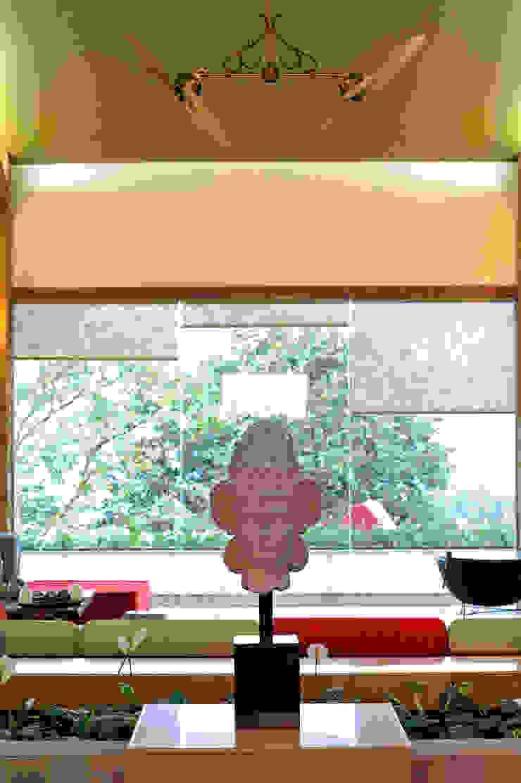 Lonavla Bungalow JAYESH SHAH ARCHITECTS Living roomAccessories & decoration