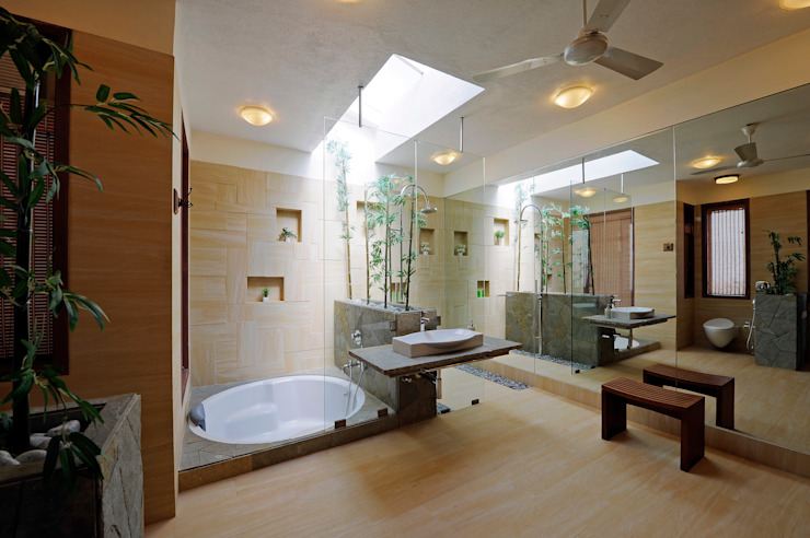 Asian style bathrooms by JAYESH SHAH ARCHITECTS Asian