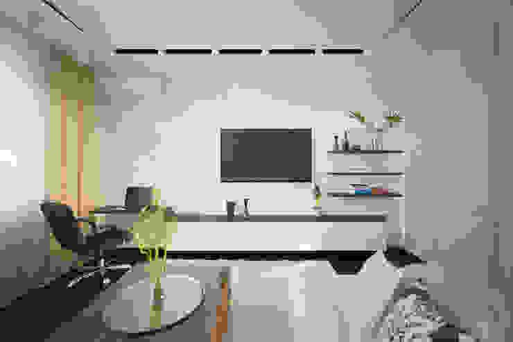 Salones modernos de Студия интерьерного дизайна happy.design Moderno