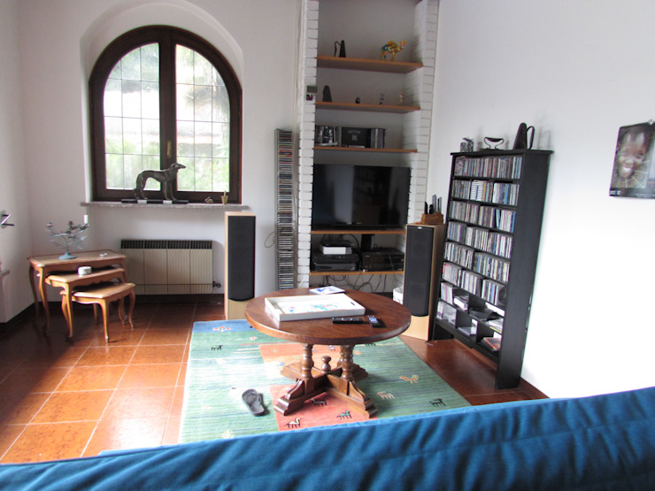 HOME STAGING PER VILLA CON PISCINA SUL LAGO MAGGIORE, IN VENDITA. di Boite Maison