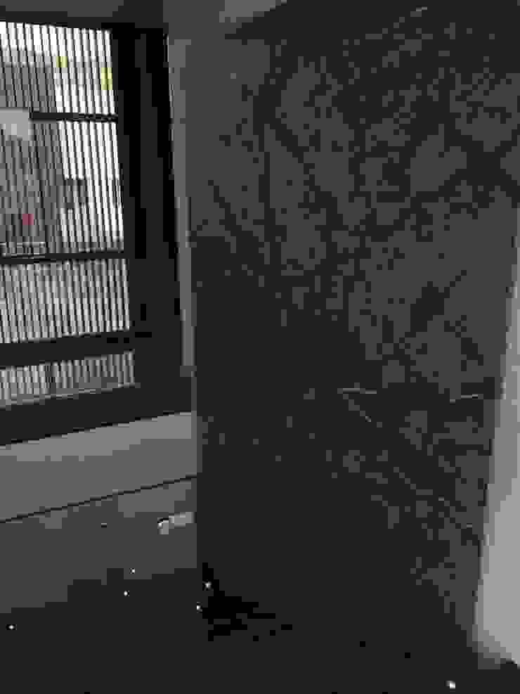 CASA AAB Pasillos, vestíbulos y escaleras modernos de STAHLBETON DESIGN Moderno