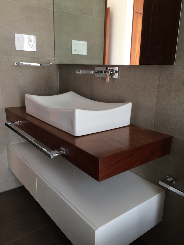 Baños de estilo moderno de STAHLBETON DESIGN Moderno