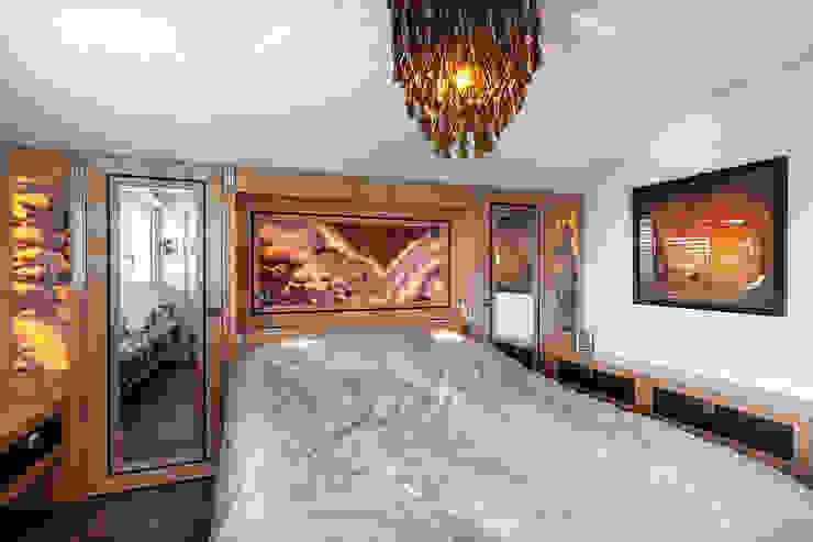 Baltina House Camera da letto eclettica di studiodonizelli Eclettico Marmo