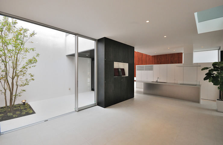 Modern Living Room by 株式会社ブレッツァ・アーキテクツ Modern