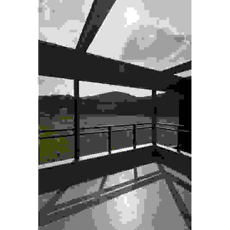 Modern Terrace by 関建築設計室 / SEKI ARCHITECTURE & DESIGN ROOM Modern