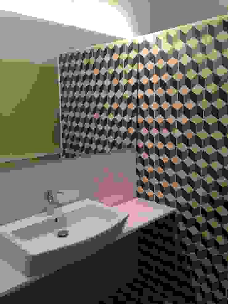 Modern Bathroom by espunydesign Modern