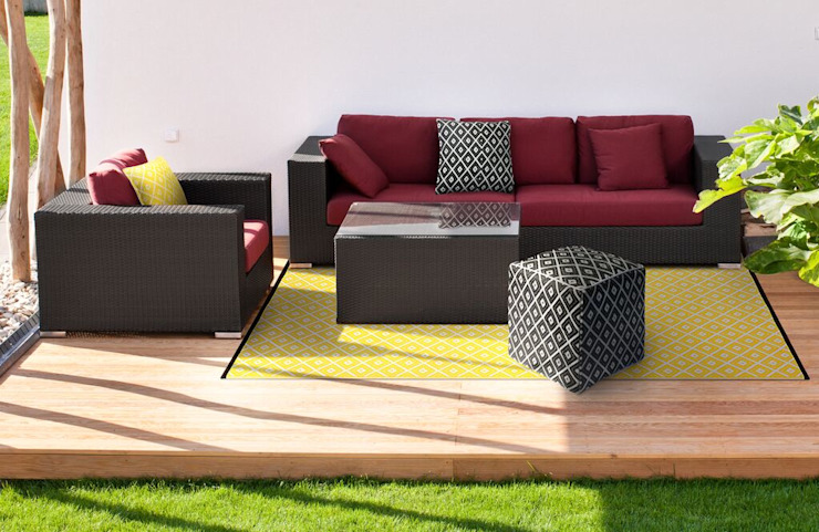 Yellow outdoor plastic rug: modern  by Green Decore, Modern Plastic
