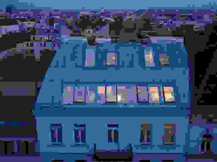 Außenansicht Moderne Häuser von ATELIER WIENZEILE Tintscheff ZT-KG Modern