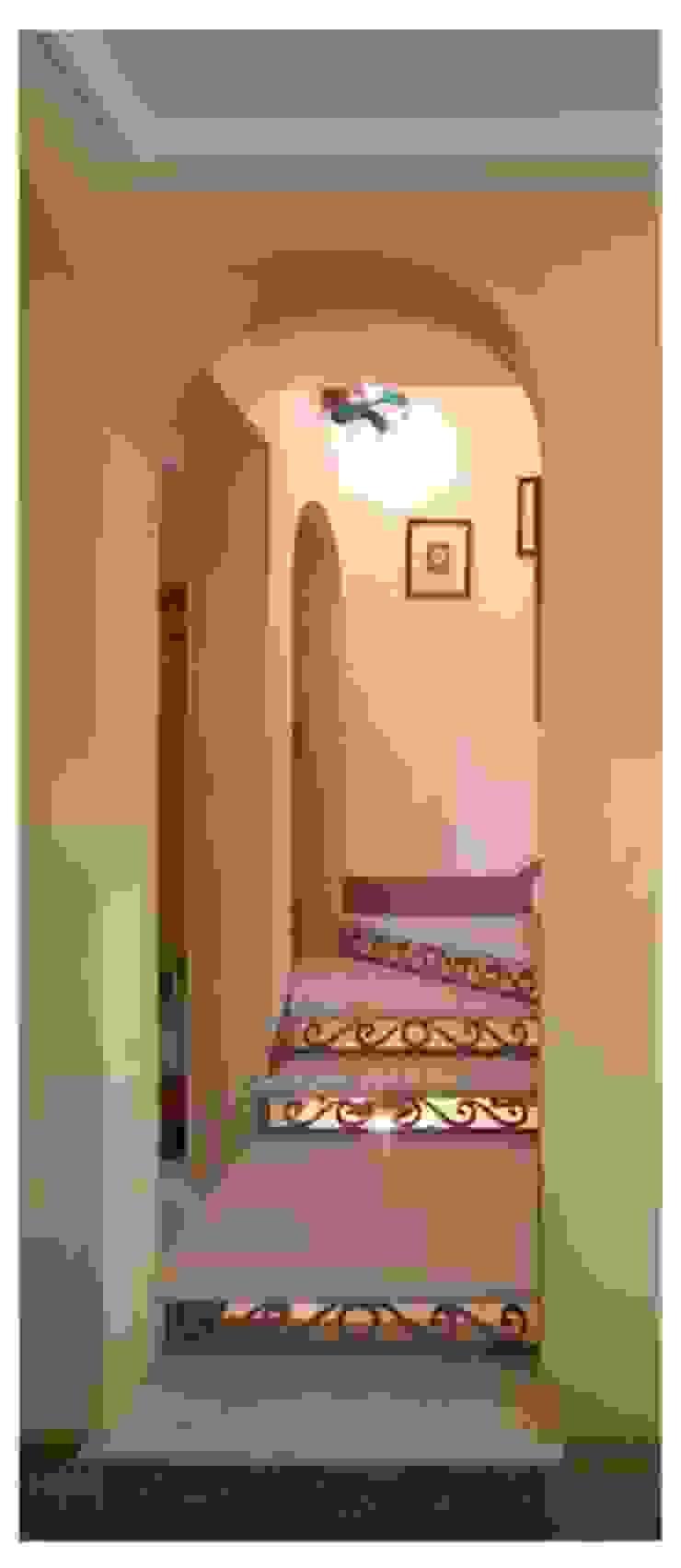 Andrea Pacciani Architetto Corridor, hallway & stairsStairs