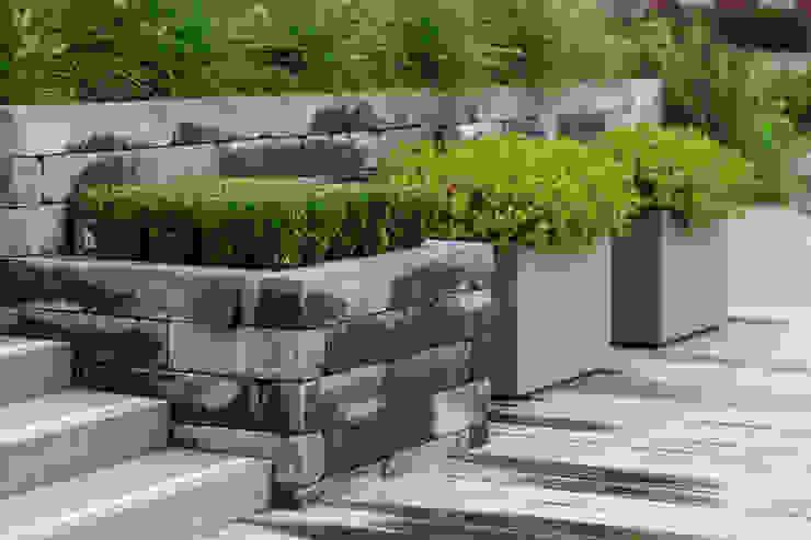 Moderner Garten von René Don Hoveniers Modern