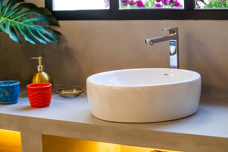 CONTRACT SOLUTIONS Industrial style bathroom