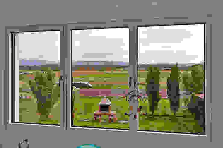 Minimalist nursery/kids room by hilzinger GmbH - Fenster + Türen Minimalist
