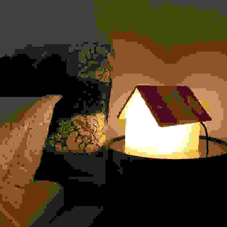 Lampe de chevet repose livre par IdéeCadeau.fr Minimaliste Plastique
