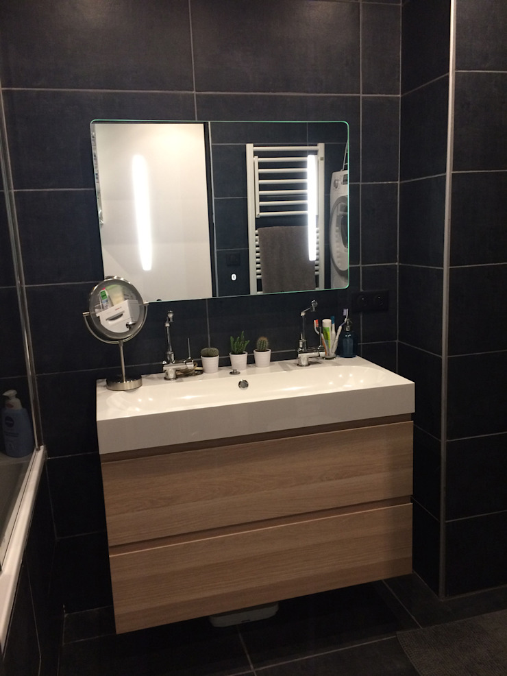 Modern Bathroom by HomeMade Architecture[s]® Modern