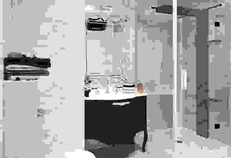 Городок Б, 117 м² Ванная комната в эклектичном стиле от Bronx Эклектичный