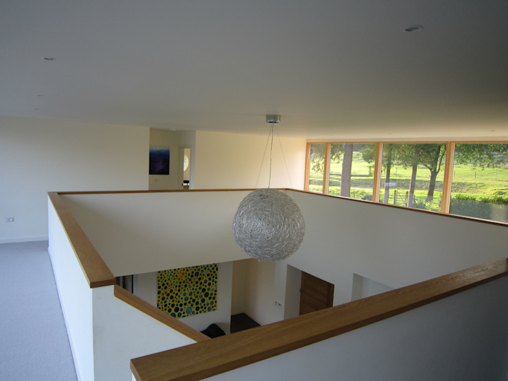 Entrance gallery The Chase Architecture Modern Corridor, Hallway and Staircase Wood White