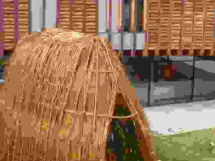 Shephard Shelter Jardins modernos por Terrapalha Moderno