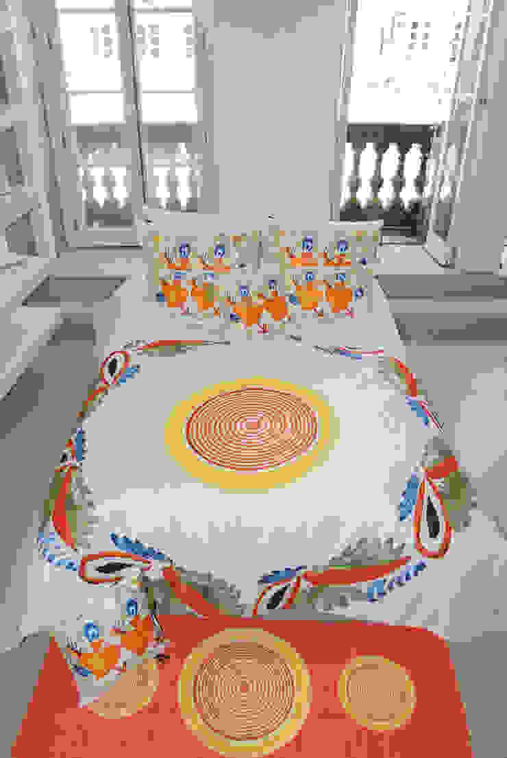 Modern Yatak Odası Letheshome Modern Tekstil Altın Sarısı