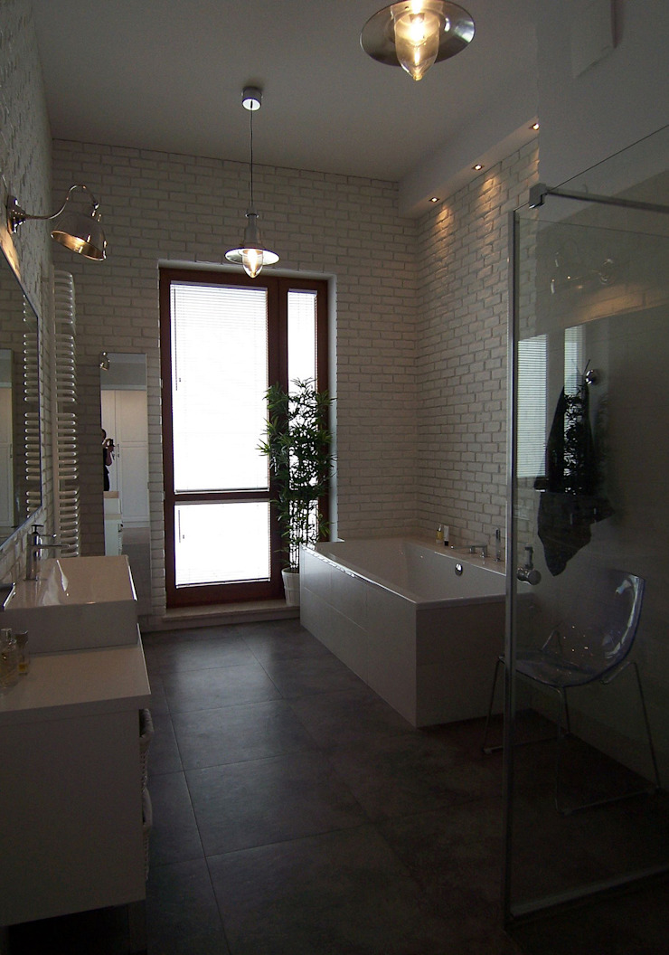 Mieszkanie Sarmacka, Warszawa Nowoczesna łazienka od Pracownia projektowania wnętrz Beata Lukas Nowoczesny