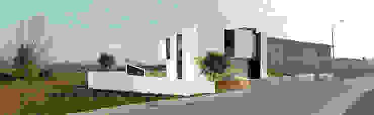 Casa N+V Casas minimalistas por GAUDIprojectos Minimalista