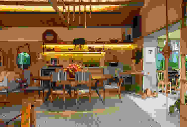 Dining room by Marina Linhares Decoração de Interiores, Tropical