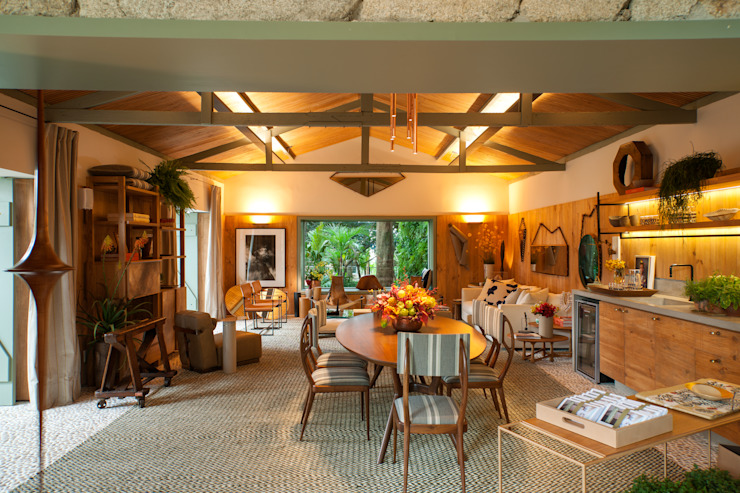 Comedores tropicales de Marina Linhares Decoração de Interiores Tropical