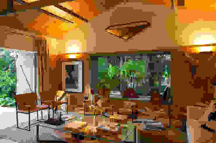 Salon tropical par Marina Linhares Decoração de Interiores Tropical