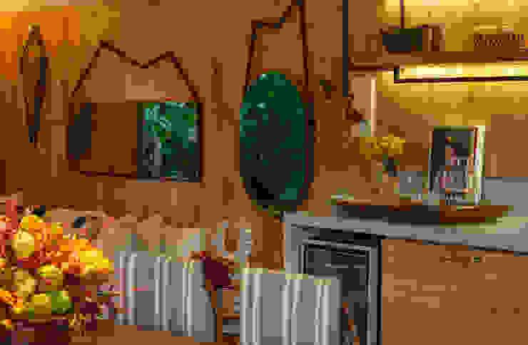 Casa Cor 2015/ A Casa da Gente Marina Linhares Decoração de Interiores Salas de jantar tropicais