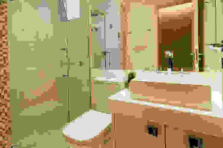 Banho Social Banheiros modernos por LC ARQUITETURA Moderno