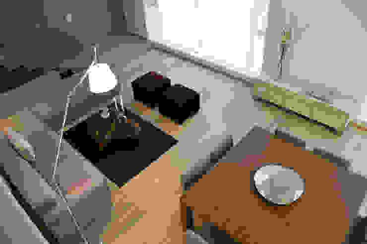 Estancia Salones escandinavos de Basch Arquitectos Escandinavo Madera maciza Multicolor