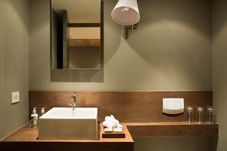 Bathroom by Basch Arquitectos,