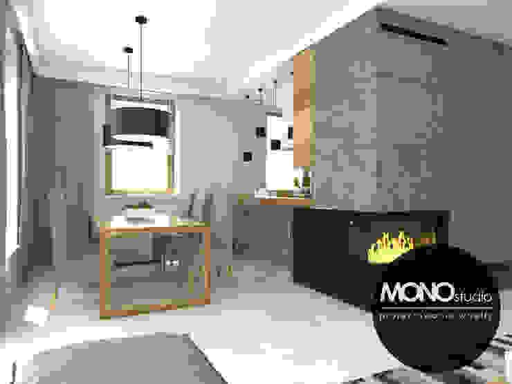 Nowoczesna minimalistyczna kuchnia w jasnej tonacji . Nowoczesna jadalnia od MONOstudio Nowoczesny Kompozyt drewna i tworzywa sztucznego