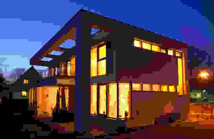Lichtsituation in der Nacht Klassische Häuser von Architekt Fürth Klassisch
