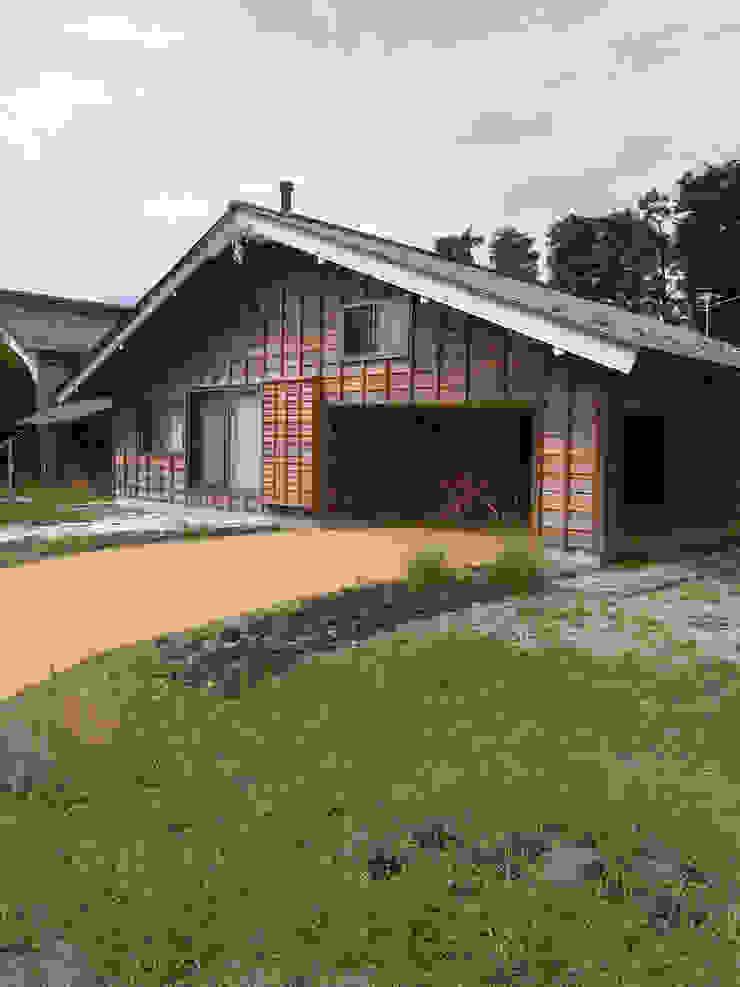 外観 日本家屋・アジアの家 の 一級建築士事務所マチデザイン 和風 木 木目調