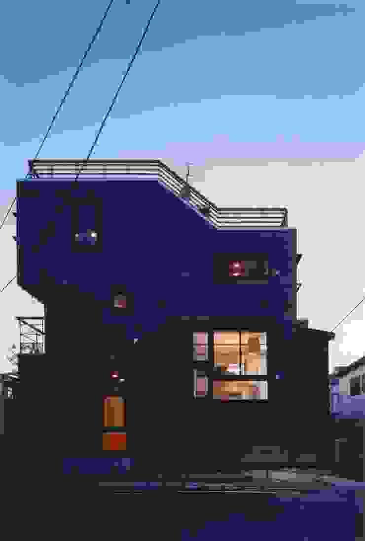 夜景 ミニマルな 家 の 有限会社 高橋建築研究所 ミニマル ガラス