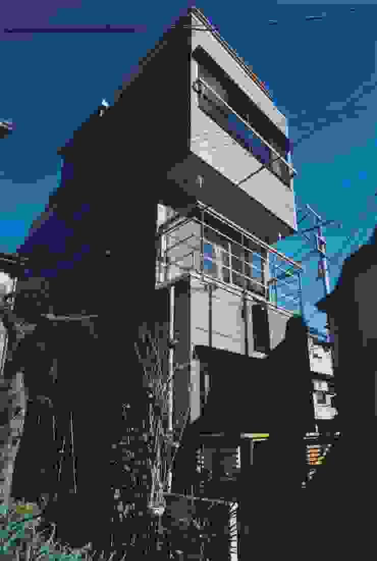 南側 ミニマルな 家 の 有限会社 高橋建築研究所 ミニマル ガラス