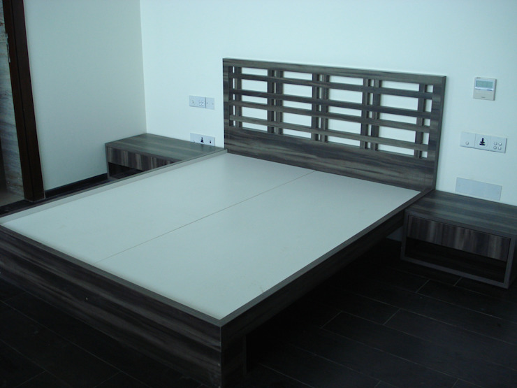 Bedroom 2: minimalist  by Global Associiates,Minimalist